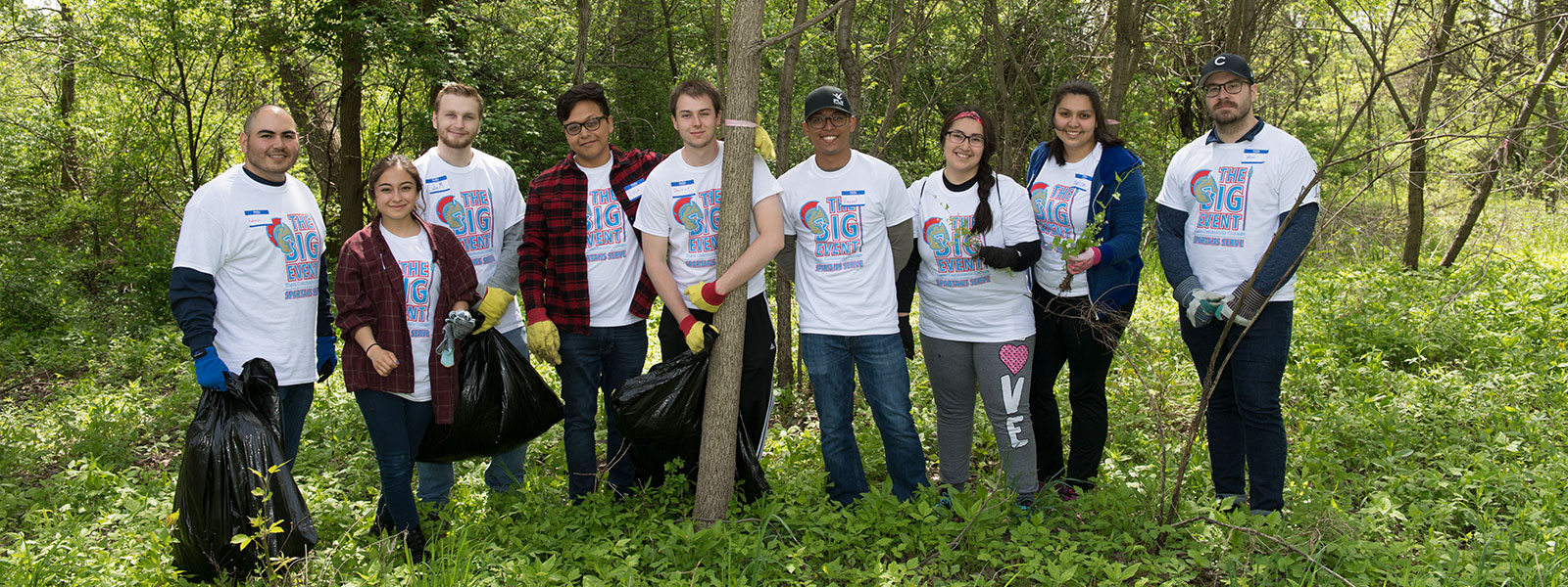 Students clean up a forest preserve during Student Life's annual volunteer day.